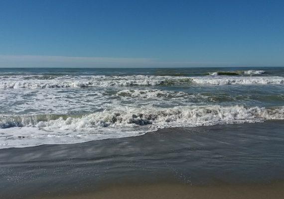 mare inverno versilia